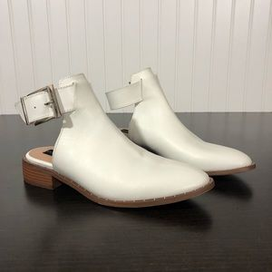 Steve Madden White Leather Ankle Strap Booties